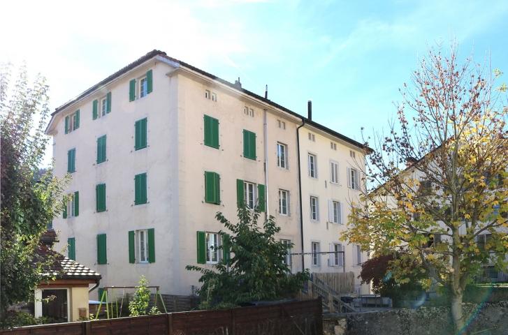 Immeuble mitoyen de 5 appartements entièrement refaits à neuf. VENDU-Février 2019